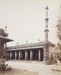 General view of Rani Sipri's Mosque, Ahmadabad 1750